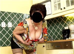 escorte timisoara: Daniela Artista in dormitor 41ani .. accept vizite serioase